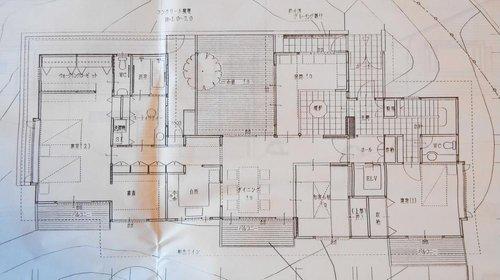 2900万円、3LDK+S(納戸)、土地面積922.58m2、建物面積226.06m2 図面と現況が違う場合は現況を優先します。
